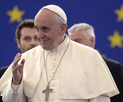 Papaların olay yaratan İstanbul ziyaretleri
