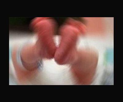 Üzerine kaynar su dökülen bebek hayatını kaybetti