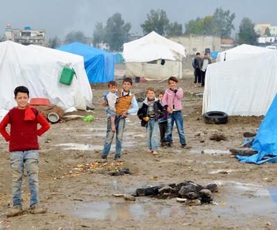 Kış bastırdı Suriyelilerin yaşamı zorlaştı