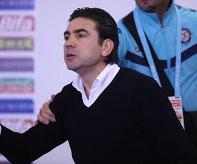 Osmanlıspor Teknik Direktörü olay çıkardı!
