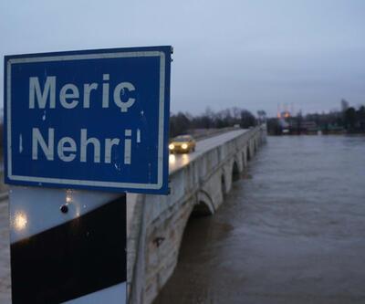 Edirne'de nehirler yataklarına dönüyor