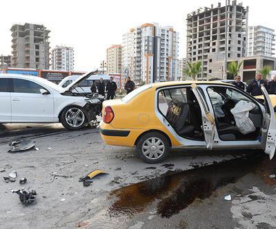 Servet Çetin trafik kazası geçirdi