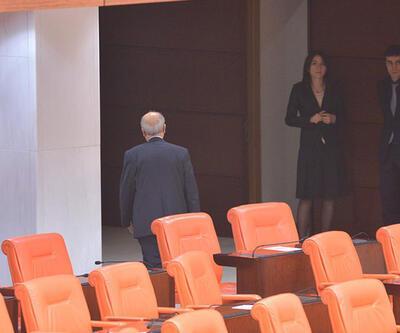 AK Partili vekil kendi partisine kızdı, salonu terk etti!