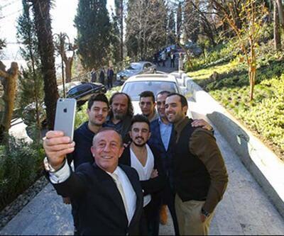 Ali Ağaoğlu sosyal medya fenomenleriyle buluştu