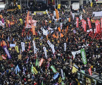 Alevilerden Kadıköy'de dev miting