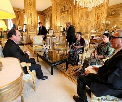 Hollande, PYD'yi Elysee'de ağırladı