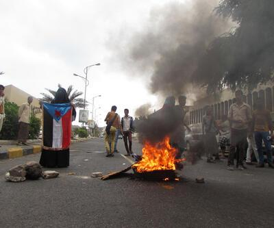 Türkiye Yemen'deki elçilik faaliyetlerini askıya aldı