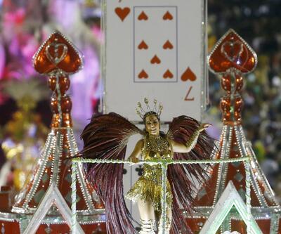 Rio Karnavalı'nda renkli görüntüler