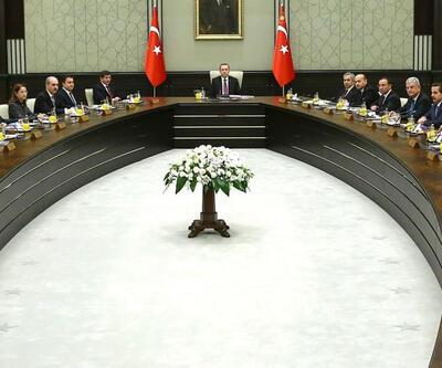 Saray'daki Bakanlar Kurulu'na komutanlar da katıldı