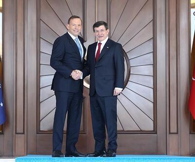 Davutoğlu, Avustralya Başbakanı Abbott ile ortak basın toplantısı