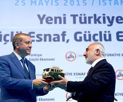 Erdoğan, anonsçusunu üst üste 3 kez düzeltti