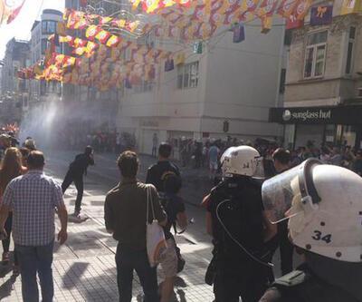 Onur Yürüyüşü'ne polis müdahalesi