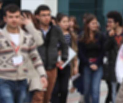 Liselere kayıtta yaş sınırı kaldırıldı