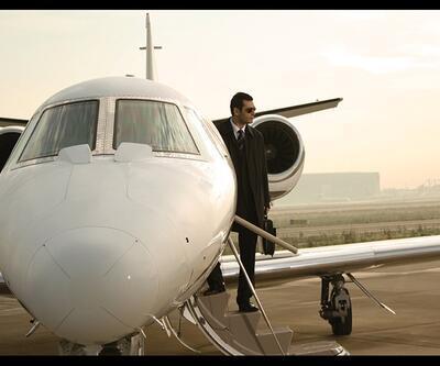 İşte Van Persie'yi getirecek uçak