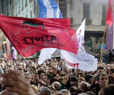 """Syriza gençliği: """"Suruç'ta ölenlerin başlattığını biz devam ettireceğiz"""""""