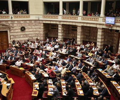 Yunanistan'da ikinci reform paketi onaylandı
