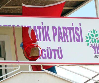 Kemer'de HDP teşkilat binasına saldırı!