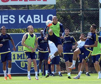 İşte Fenerbahçehttps://www.cnnturk.com/spor-haberleriSpor39;nin muhtemel 11https://www.cnnturk.com/spor-haberleriSpor39;i