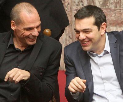 """Varufakis'in """"paralel para birimi"""" planı Yunanistan'ı karıştırdı"""