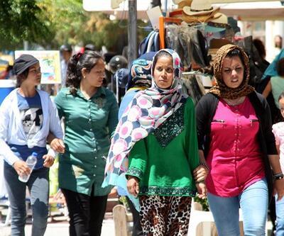 Balıkesir'de 57 yasa dışı göçmen yakalandı