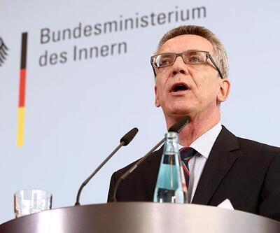 Göçmen akınından endişe eden Almanya'dan Schengen tehdidi