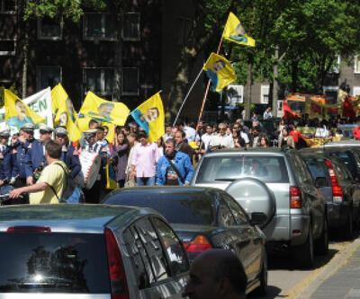 PKK sempatizanları ile Türkler arasında gerginlik