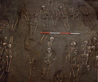 Üniversitenin altından bin 300 iskelet çıkartıldı