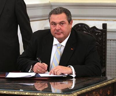 Yeminden 10 saat sonra Yunanistan kabinesinde istifa