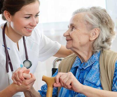 """""""Kanser hastası yaşlılar için evde bakım geliştirilmeli"""""""