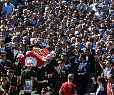 Tokat'ta şehit uzman çavuşu 10 bin kişi uğurladı