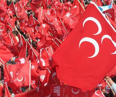 MHP Denizli'de 5 ilçe teşkilatını kapatma kararı aldı