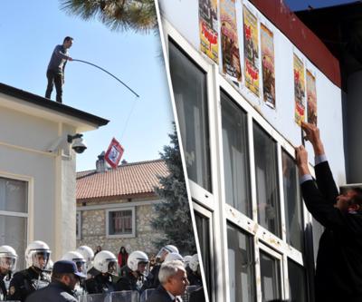 Anadolu Üniversitesi'nde afiş gerginliği