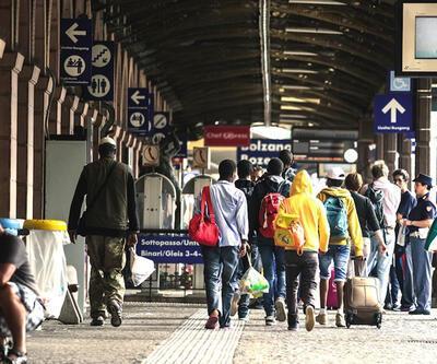 Polonya'dan Paris saldırıları sonrası sığınmacı kararı