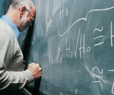 Öğretmenler hem mutsuz hem umutsuz