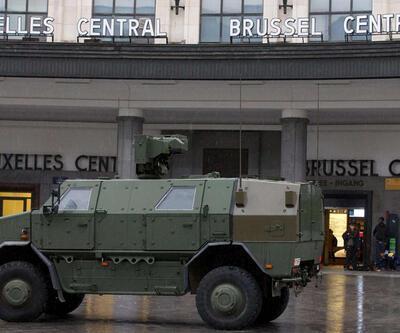 """Brüksel'de """"terör tehdidi"""" nedeniyle hayat durdu"""