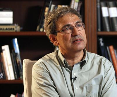 """Orhan Pamuk İtalya'da konuştu: """"Çok kızgın ve üzgünüm"""""""