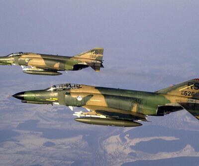 İran'dan Suriye'ye uçak desteği