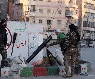 """Suudi Arabistan Suriye'deki """"terörist"""" denilen grupları da Riyad'a davet etti"""