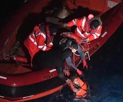 Çeşme açıklarında göçmen teknesi battı: 6 ölü
