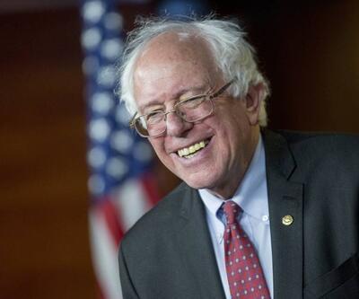"""Bernie Sanders: """"Hillary'ye bir şey söylemeyin"""""""