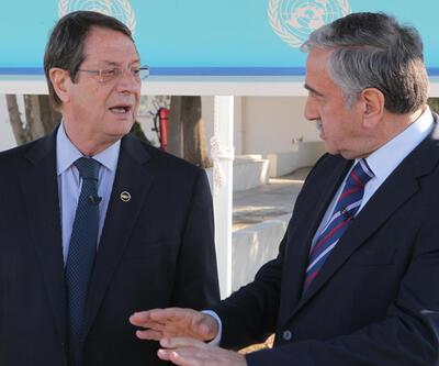 Kıbrıs'ta iki lider biraraya geldi