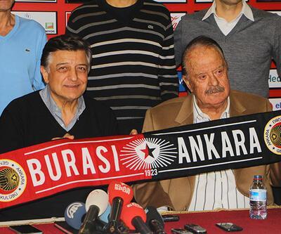 Yılmaz Vural yeniden Süper Lig'de!