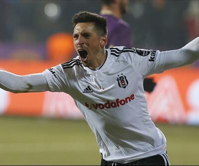 Beşiktaş'ın büyük sınavı: Sosa yeni sözleşme istiyor