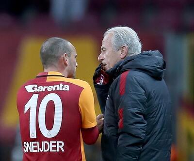 """Mustafa Denizli: """"4 transfer yapılmak zorunda"""""""