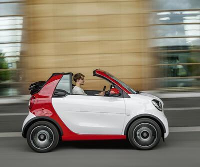 Smart Cabrio yolda