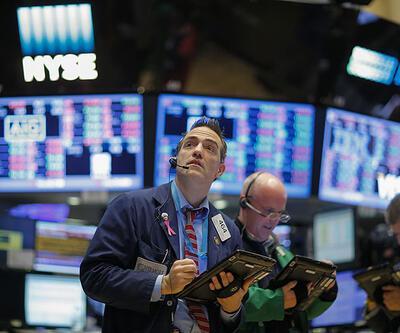 """Piyasalar """"negatif"""" seyrini sürdürüyor"""