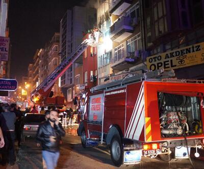 Fatih'te yangın paniği: 5'i ağır 10 yaralı