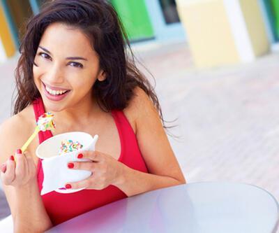 Ağız kokusunu önlemek için yoğurt tüketin
