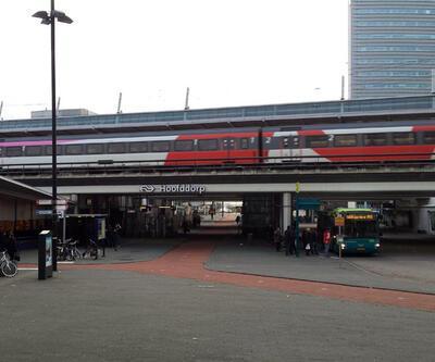 Hollanda'da saldırı şüphesi nedeniyle tren garı boşaltıldı
