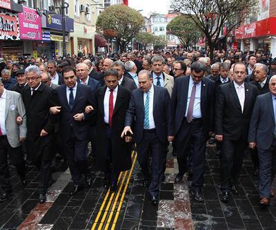 CHP 13 milletvekili ile Düzce'ye çıkarma yaptı